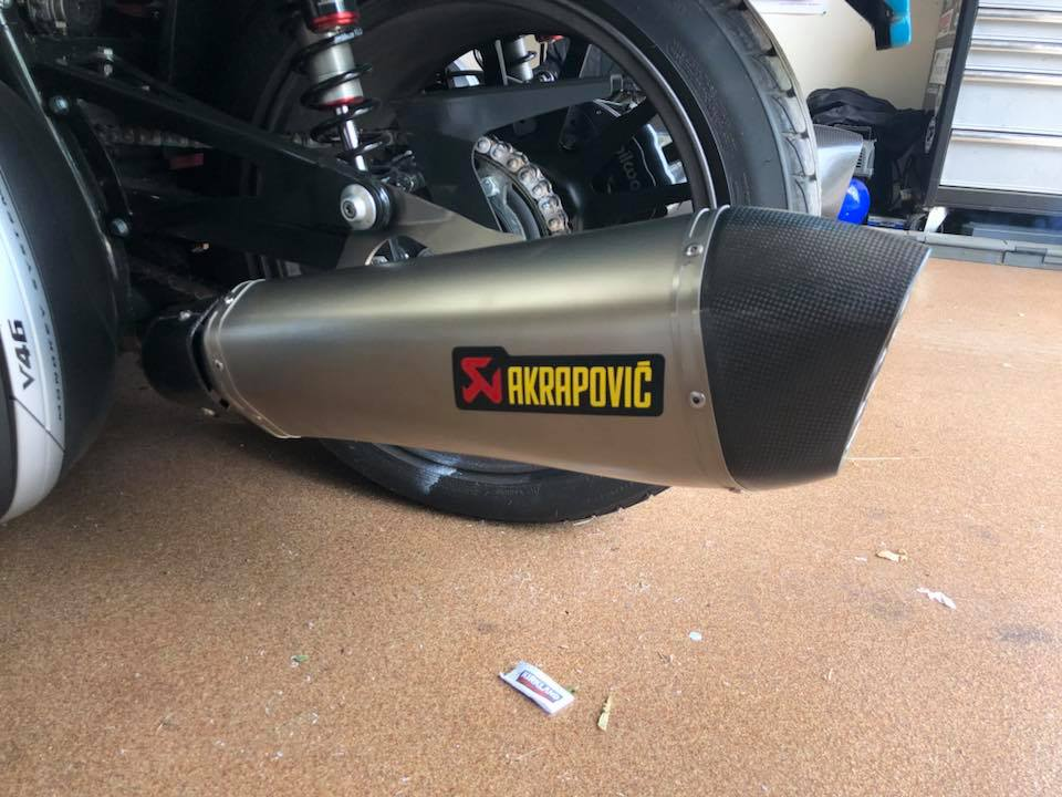 Akra Slip On Baffle Removal - BMW K1600 Forum : BMW K1600 GT