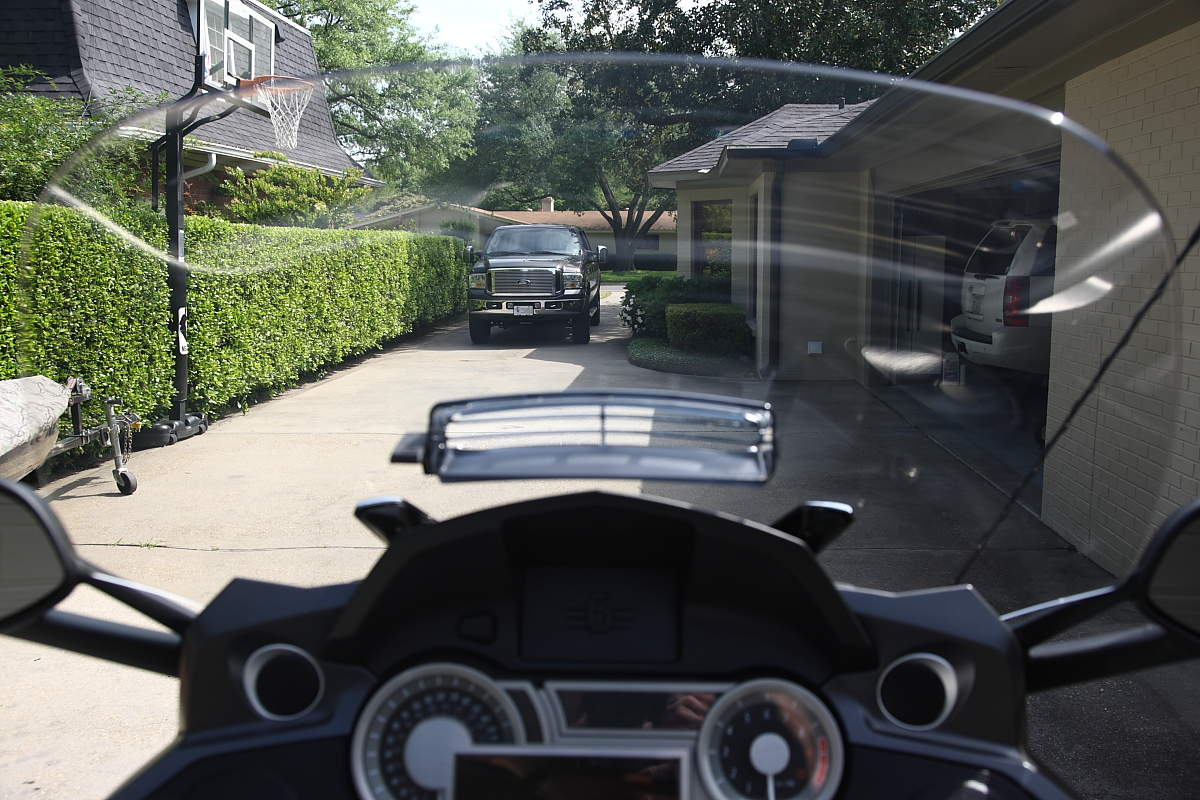 """BMW North Haven >> Cee Bailey Light Gray 26"""" Tall Wide Body-Visor Vent Installed Plus Aero Wings: Pics - BMW K1600 ..."""