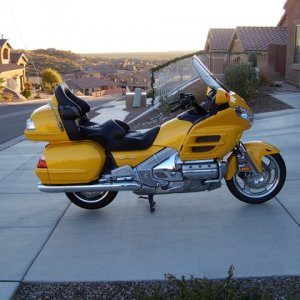 2009 Gold Wing, no ABS, and sold it as we relocated again.
